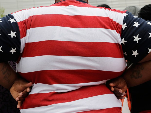 Nos Estados Unidos, a obesidade aumentou em toda as faixas etárias, apesar de esforços para estimular a perda de peso (Foto: AP Photo/Mark Lennihan)