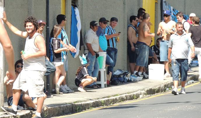 Torcedores Grêmio Criciúma (Foto: João Lucas Cardoso)
