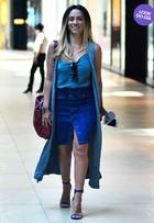 Look do dia: Suzana Pires usa bolsa de R$15 mil com visual todo jeans