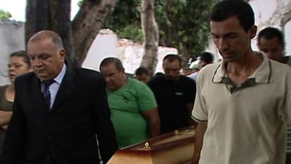 Enterradas três vítimas mortas no acidente com ônibus da Viação 1001