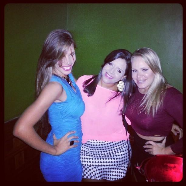 Ex-BBB Paulinha com amigas (Foto: Instagram/ Reprodução)
