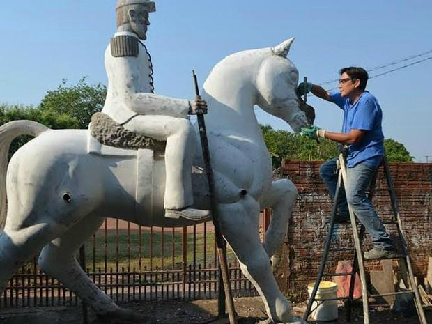 Coronel Pedro José Rufino foi esculpido quase 200 anos após nascimento (Foto: João Xavier/Arquivo Pessoal)