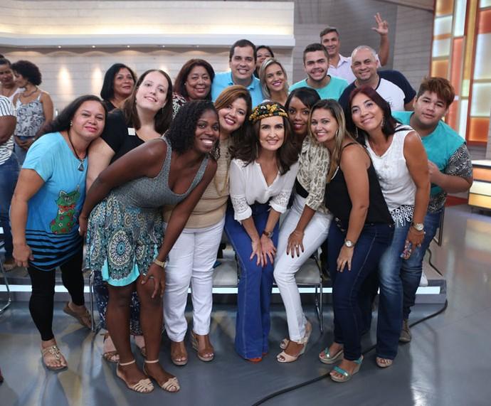 Fátima com parte da plateia do programa  (Foto: Fabiano Battaglin/Gshow)