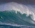 Maya e Burle disputam Mundial de Ondas Grandes em Pe'ahi, no Havaí