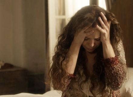 Amália sofre com trauma causado por Sebastião