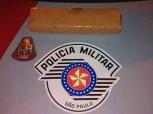 Homem é preso por tráfico de drogas  em Jacareí, SP (Foto: Divulgação/Polícia Militar)
