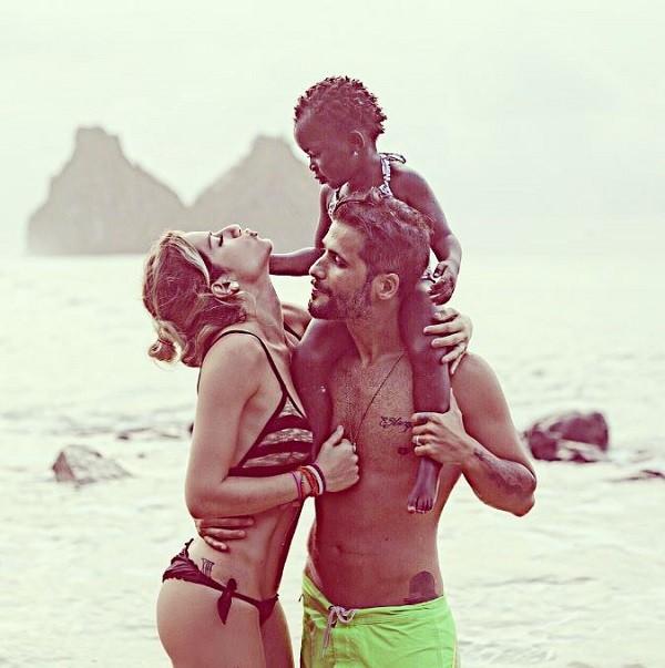 Giovanna Ewbank em família em Noronha (Foto: Reprodução Instagram )