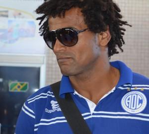 Ney Maruim, lateral do Confiança (Foto: Felipe Martins/GLOBOESPORTE.COM)