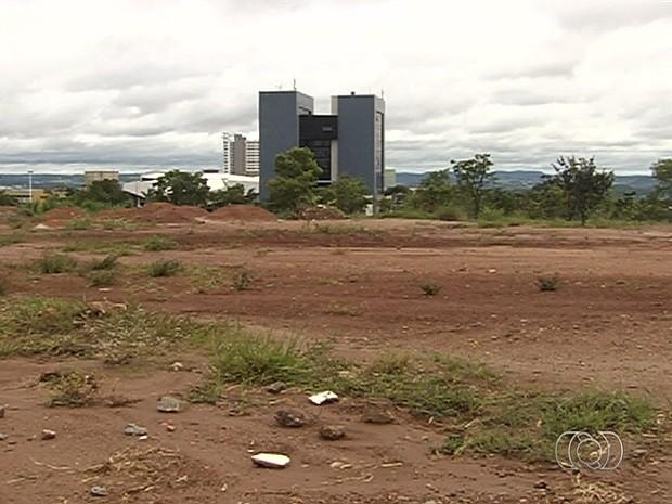 Projeto de lei quer desafetar 18 áreas públicas em Goiânia, Goiás (Foto: Reprodução/TV Anhanguera)