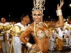 Mulher de Alexandre Frota volta a exibir corpo saradão em desfile