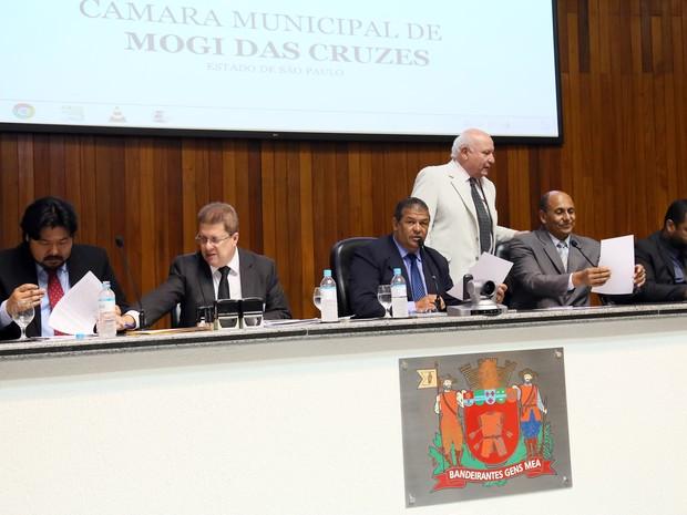 Projeto que autoriza armamento da Guarda Municipal de Mogi das Cruzes foi aprovado em sessão ordinária desta quarta (9) (Foto: Marcelo Alvarenga/CMMC)