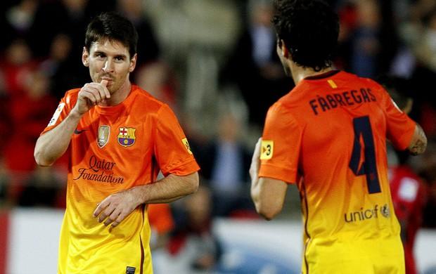 Messi fabregas barcelona gol mallorca (Foto: Agência Reuters)