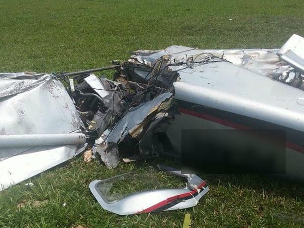 Avião caiu em uma plantação de soja em Jaguapitã (Foto: Sesp/Divulgação)