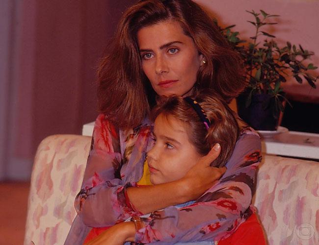 Mait Proena (Helena) e Tatyane Fontinhas (Bia) (Foto: Acervo Globo)