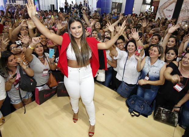 Simone canta Beauty Fair (Foto: Danilo Carvalho/Agência Fio Condutor)