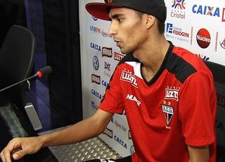 Jorginho, meia do Atlético-GO (Foto: Reprodução/TV Anhanguera)