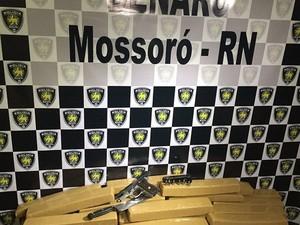 Polícia apreendeu quase 50 quilos de maconha em Mossoró (Foto: Divulgação/Polícia Civil)