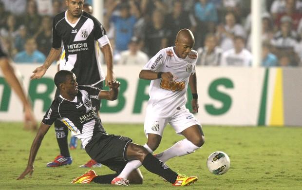 Victor Andrade, Santos e Ponte preta (Foto: Alex Silva / Agência Estado)