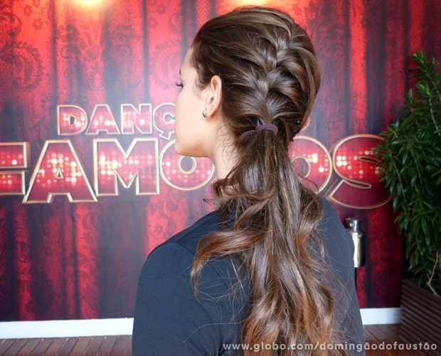 A atriz disse que todo mundo achou 'o bafo' a trancinha dela (Foto: Domingão do Faustão / TV Globo)