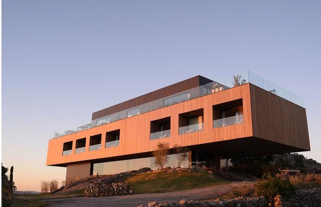 A estrutura da Locanda é feita de madeira e ferro, com projeto do escritório Obra Prima de Carolina Proto (Foto: Divulgação)