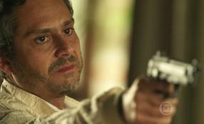 Zé Maria manda Romero atirar em Juliano