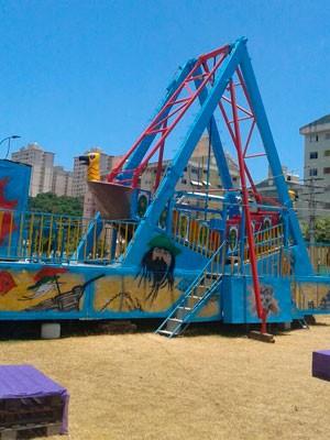 Parque de diversões é interditado no Imbuí (Foto: Divulgação/Sucom)