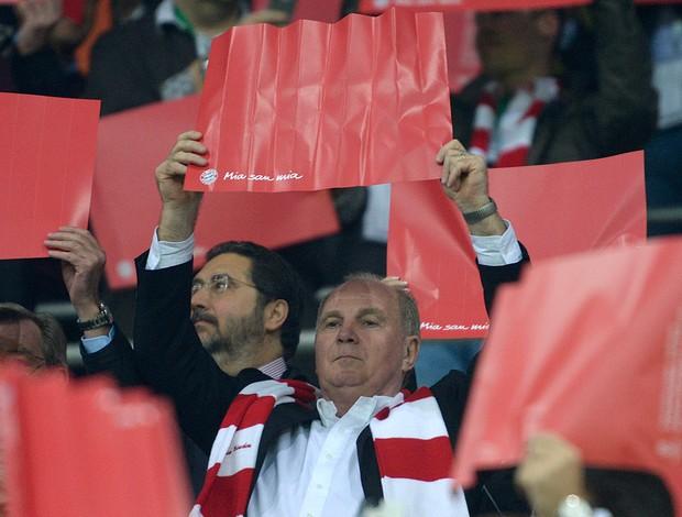 Uli Hoeness Bayern de Munique x Barcelona (Foto: AFP)