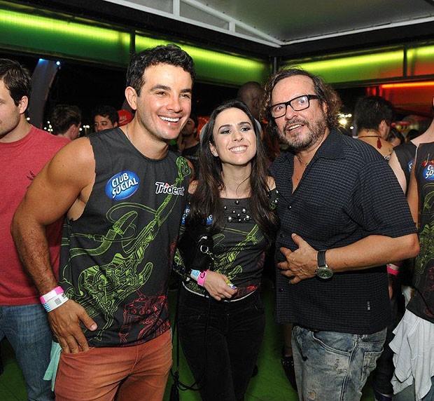 Anderson Di Rizzi e Tatá Werneck e Wolf Maya (Foto: Bia Alves / AgNews)