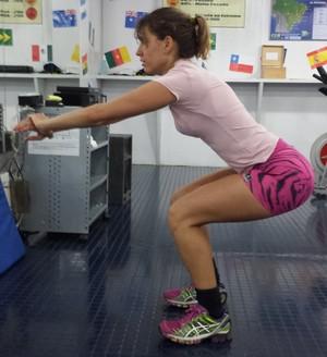 exercício de isometria eu atleta (Foto: Gustavo Luz)