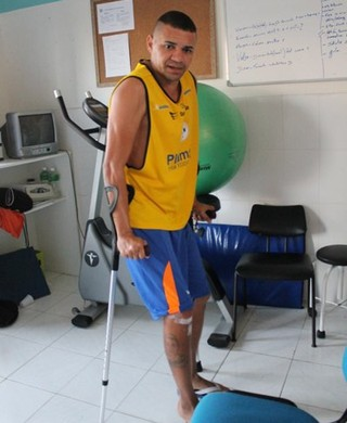 Raulino passa por cirurgia (Foto: Divulgação/ADC)