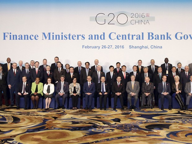 Ministros e presidentes de bancos centrais posam para fotografia ao final do encontro do G20, na China (Foto: Aly Song/Reuters)
