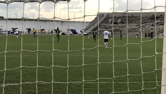Rafael Oliveira, Botafogo-PB, Serrano-PB (Foto: Lucas Barros / GloboEsporte.com)