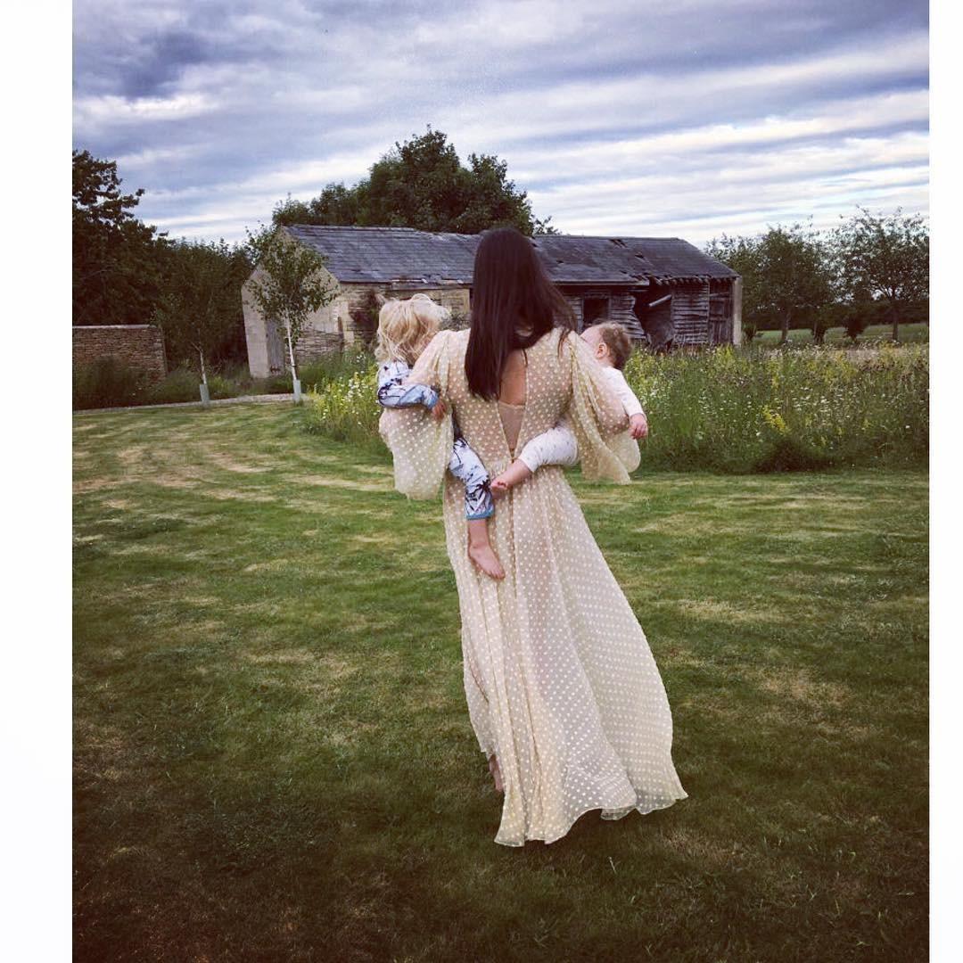 Liv Tyler e os filhos (Foto: Reprodução/Instagram)
