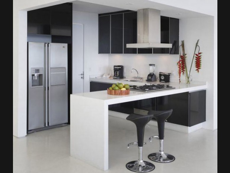 decoração de cozinha americana preto e branco
