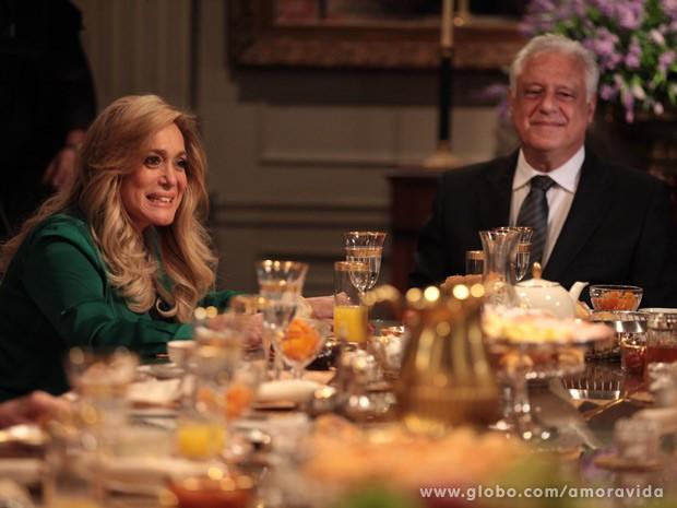 Pilar e César (Foto: Amor à Vida / TV Globo)