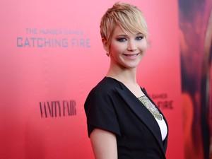"""Jennifer Lawrence durante a exibição especial de """"Jogos Vorazes: Em chamas"""" no AMC Lincoln Square, em Nova York, no dia 20 de novembro de 2013 (Foto: Evan Agostini/Invision/AP)"""