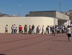 botafogo fila (Foto: Thales Soares/GLOBOESPORTE.COM)