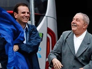 Eduardo Paes, Lula e Sérgio cabral inauguram o Transoeste e o túnel da Grota Funda nesta quarta-feira. A via expressa de ônibus promete reduzir em mais de 50% o tempo de viagem entre a Barra e Santa Cruz (Foto: Daniel Marenco/Folhapress)