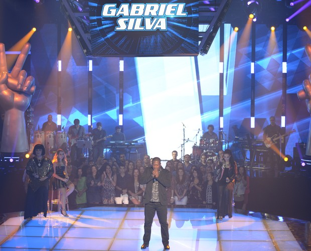 "Gabriel Silva traz o hit da banda U2 ""I Still Haven't Found What I'm Looking For"" (Foto: Camila Serejo/ Gshow)"