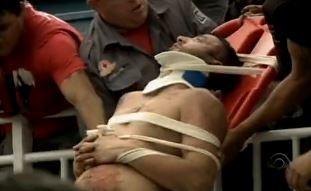 Torcedores ficaram feridos (Foto: Reprodução/RBS TV)