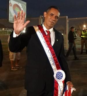 Sósia de Barack Obama é sucesso no Mineirão (Foto: Maurício Paulucci)