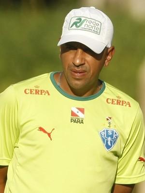 Lecheva, técnico do Paysandu (Foto: Marcelo Seabra/O Liberal)