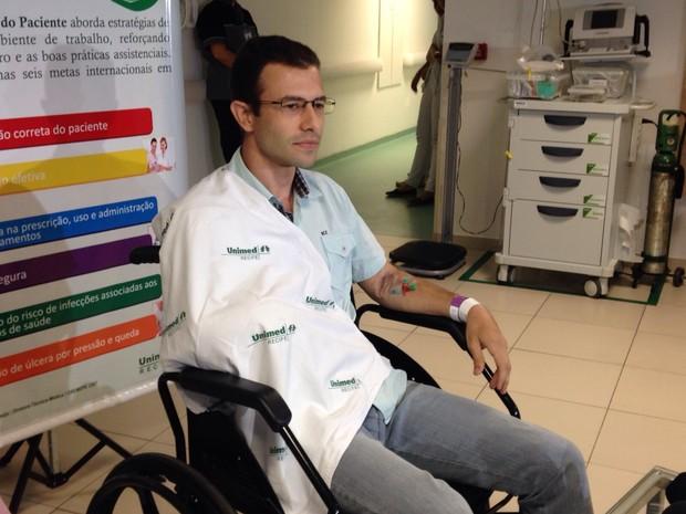 O contador Márcio de Castro Palma falou sobre o momento em que foi atacado por um tubarão em Fernando de Noronha (Foto: Maria Luiza Veiga / Divulgação)