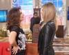 Fernanda conversa com Fátima nos bastidores (Foto: Encontro com Fátima Bernardes/TV Globo)