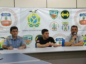Autoridades policiais estiveram reunidos para coletiva de imprensa na tarde neste sábado (18) (Foto: Indiara Bessa/G1 AM)