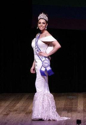 Rafaella Manfrini, a Miss Trans Star Brasil, no Miss São Paulo Gay 2016 (Foto: Celso Tavares/ EGO)