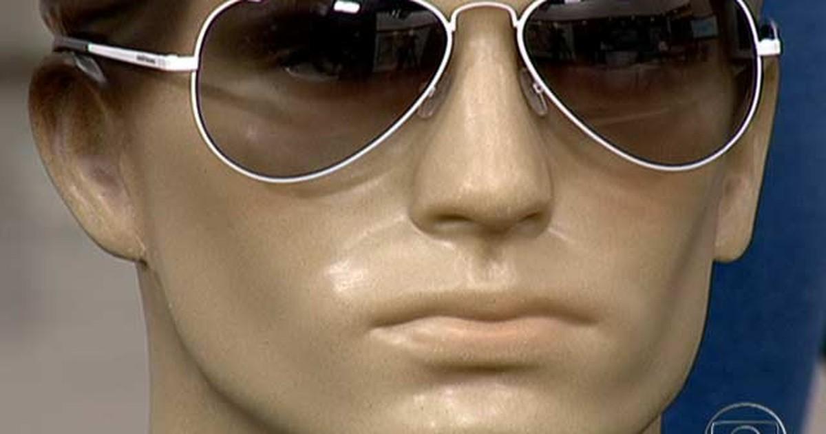 Bem Estar - Cor da lente dos óculos escuros faz diferença para o conforto  dos olhos 7594c39f76