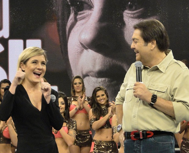Adriana Esteves (Foto: Domingão do Faustão / TV Globo)