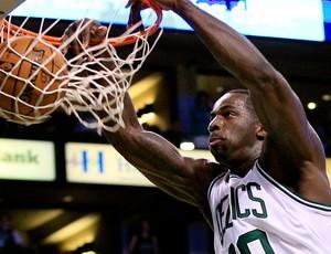 basquete nba Brandon Bass celtics 76sixers (Foto: Agência AP)