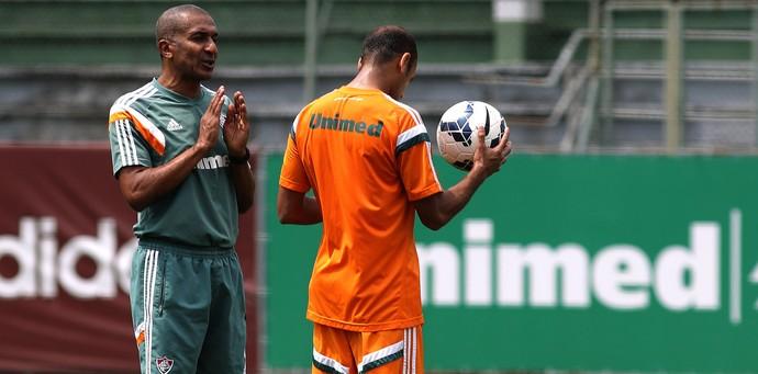 Cristóvão Borges comandou treino na manhã deste sábado (Foto: Nelson Perez/Fluminense, Divulgação)